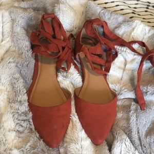 Report suede like rust lace up flats size 5.5
